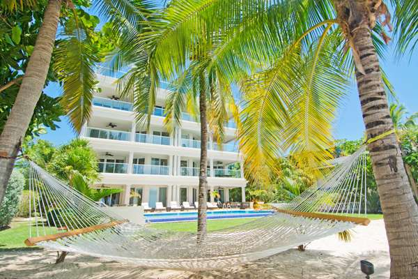 Large Luxury Condos On Seven Mile Beach Sea Breeze Cayman