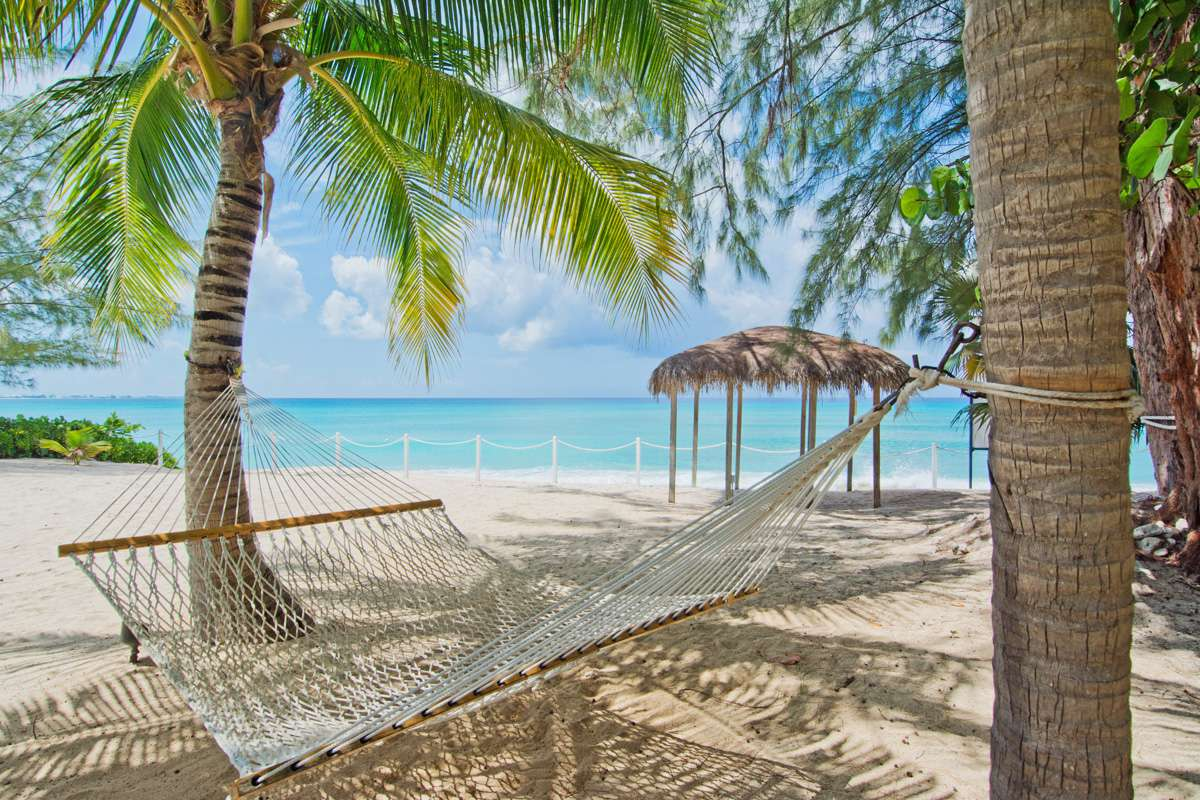Cayman Beachfront Vacations